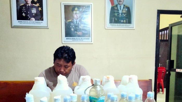 Polsek KPL Merauke Sita Puluhan Liter Miras Ilegal Jenis Sopi dalam Kemasan Karton