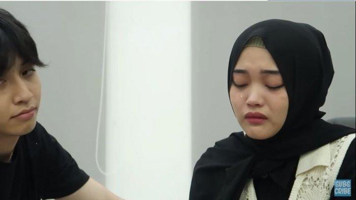 Di Depan Keluarga, Putri Delina Nangis Sesenggukan: Kayak Ngerasa Banyak yang Ninggalin Putri