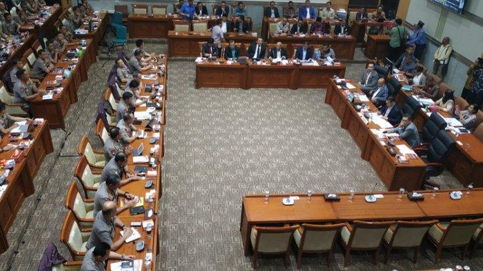 Minta Polisi Tak Berperut Buncit, Anggota Komisi III DPR: Suruh Kurusin