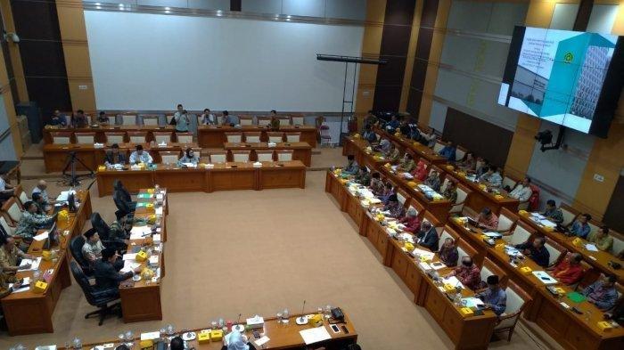Menteri Agama Tinggalkan Rapat Kerja demi Panggilan Presiden, Komisi VIII Protes: Ini Wibawa DPR Pak