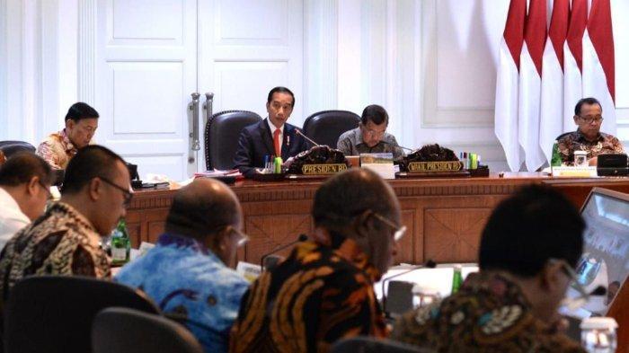Gelar Rapat Terbatas Penyelenggaraan PON 2020 Papua, Jokowi Ingatkan Hal Ini ke Pejabat yang Hadir