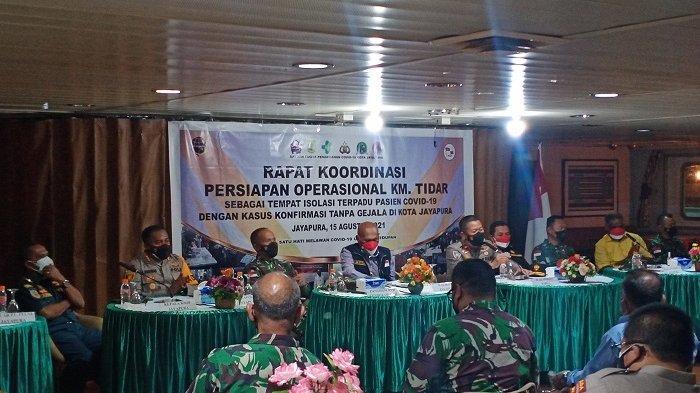 Wali Kota Jayapura Gelar Rapat di KM Tidar sebelum Jadi Pusat Isolasi Pasien Covid-19