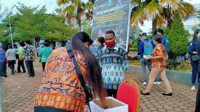 Saat para ASN di lingkup pemerintah provinsi Papua Barat galang donasi untuk NTT.