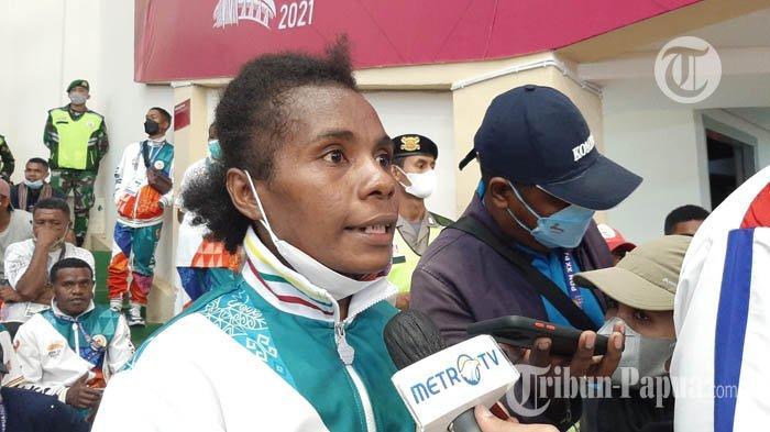 Salomina Yarisetouw Sukses Balaskan Kekalahan dari Petinju Maluku dan Raih Emas PON Papua