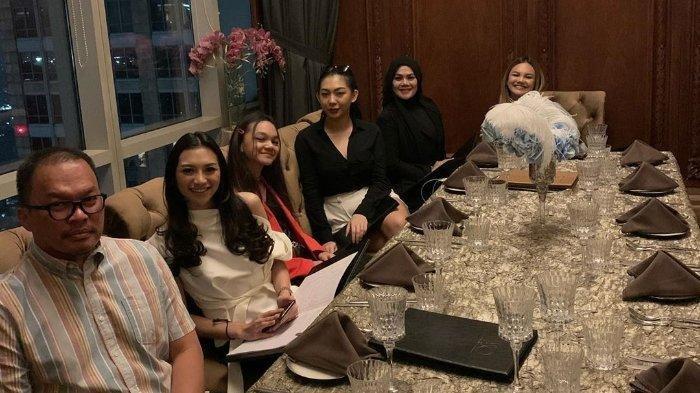 Pamer Kebersamaan dengan Faisal Harris dan Putri-putrinya, Sarita Beri Sindiran ke Jennifer Dunn