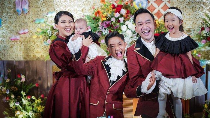Tambah 2 Anggota Keluarga Baru di Natal Tahun Ini, Ruben Onsu: Bahagianya Campur Aduk