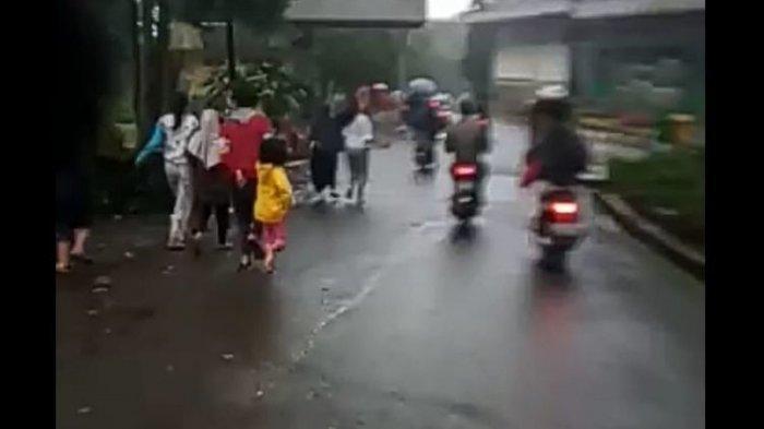 Viral Video Banjir Bandang di Puncak Bogor, Warga Ketakutan Panik Berlarian