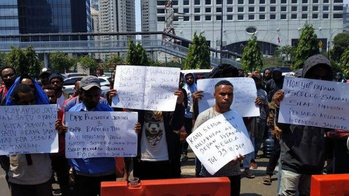 Tak Terima Temannya Ditangkap, Mahasiswi Papua: Polisi Tak Temukan Bendera Bintang Kejora di Asrama