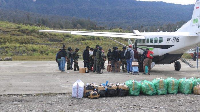 Pasca-teror KKB Bakar Menara ATC, Kini Bandara Aminggaru Dijaga Ketat 150 Personel TNI-Polri