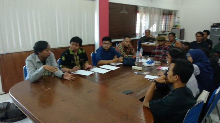Mahasiswa Papua Tak Bisa Keluar Beli Makan saat Pengepungan Asrama di Surabaya hingga Malam Hari
