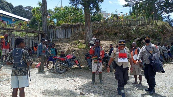 Update Kondisi Intan Jaya di Tengah Teror KKB, Warga Tetap Semangat Kerja Bakti
