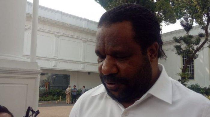 Staf Khusus Presiden Lenis Kogoya Minta Polisi Tangkap Pelaku Persekusi dan Rasisme di Asrama Papua