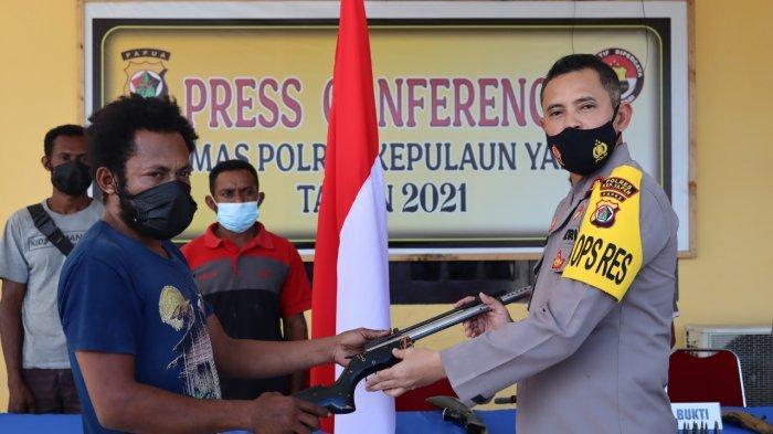 Pengakuan KKB Kepulauan Yapen yang Serahkan Diri ke Polisi, Mengaku Dikucilkan dan Hidup Tak Layak
