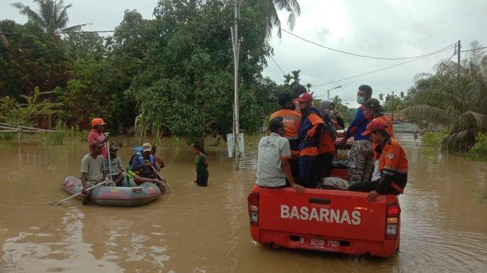 Basarnas Jayapura Kirim Personel Bantu Evakuasi Korban Banjir di Keerom
