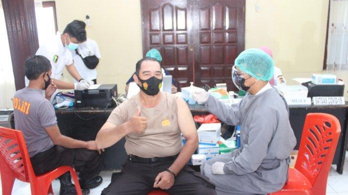 Jajaran Polres Biak Jalani Vaksinasi Covid-19 Tahap I dan Tahap II