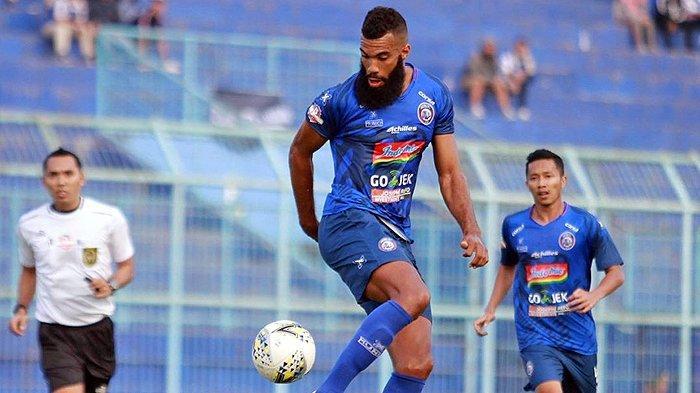 Sylvano Comvalius Tolak Disebut Mainkan Peran Berbeda Bersama Arema FC ketimbang saat di Bali United
