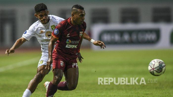 Dua Pemain Papua Sukses Cetak Gol Dalam Laga Borneo Fc Samarinda Vs Persebaya, Boaz Solossa Tak Main