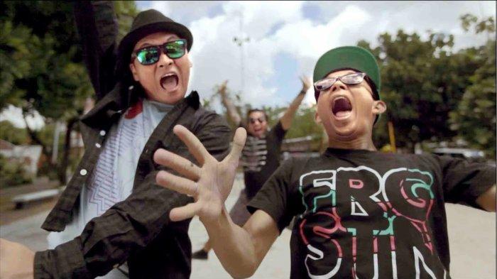 Lirik dan Chord (Kunci) Gitar Lagu 'Terlatih Patah Hati' - The Rain feat Endank Soekamti