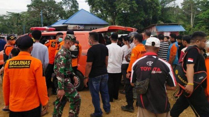 Mobil Rombongan Pelayat Jatuh ke Sungai Konaweha saat akan Menyebrang, 3 Orang Hilang Terbawa Arus