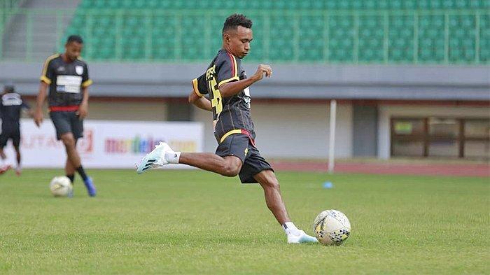 Bermain ke Liga Thailand, Todd Rivaldo Ferre Pakai Nomor Punggung Lamanya saat di Persipura