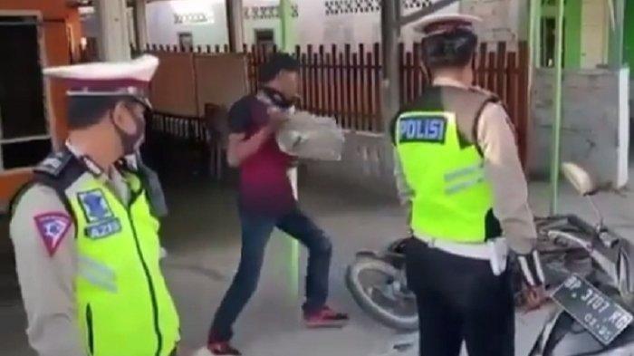 Viral Video Pria Ngamuk karena Tak Terima Ditilang, Rusak Motor Sendiri di Depan Polisi