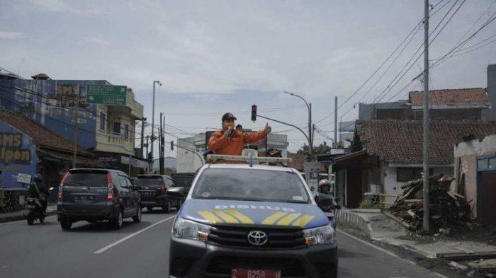 Jengkel Warganya Masih Ada yang Sepelekan Corona, Wali Kota Tasikmalaya Keliling Orasi