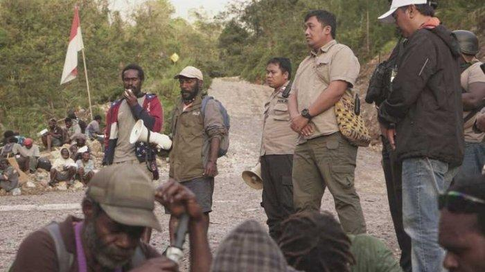 Kapolda Papua: KKB Minta Makanan ke Warga di Tembagapura Sambil Todongkan Senjata