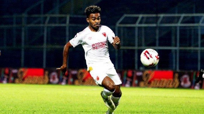 Yacob Sayuri, Pemuda Serui Tuntaskan Kemenangan PSM Makassar Atas Bajul Ijo