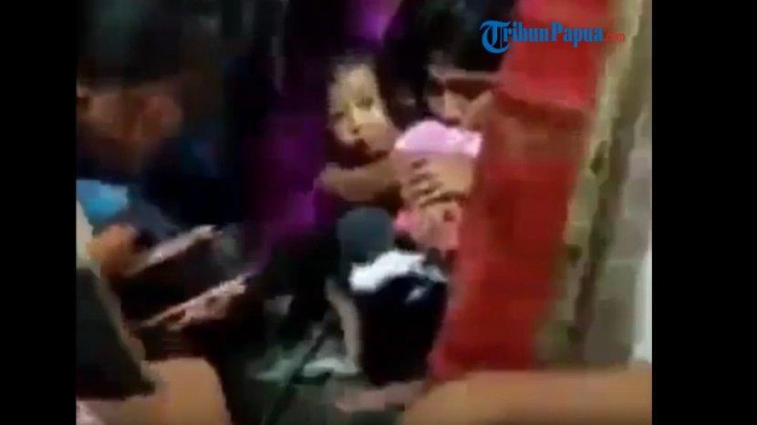 penyerangan-kkb-di-kampung-julukoma-distrik-beoga-kabupaten-puncak-papua.jpg