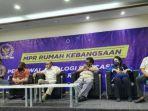 forum-senior-papua-bersama-elemen-generasi-milenial.jpg