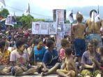 gelombang-aksi-demonstrasi-terjadi-di-nduga-di-pegunungan-tengah-papua.jpg