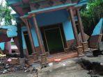 kondisi-rumah-di-kabupaten-malang-yang-hampir-roboh-akibat-tanah-gerak.jpg