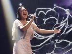 mahalini-saat-tampil-di-panggung-spektakuler-6-indonesian-idol-x.jpg