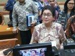 menteri-kesehatan-nila-moeloek-di-kompleks-parlemen-senayan-jakarta-selasa-1452019.jpg