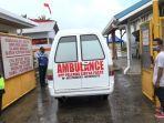 mobil-ambulans-milik-ormas-pallawa-sirina-pace-timika-membawa-jenazah-udin.jpg