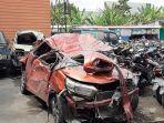mobil-orange-yang-terlibat-kecelakaan-di-jalan-magelang.jpg