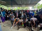 pemakaman-jenazah-korban-sriwijaya-air-sj-182-suyanto-40-dan-riyanto-32.jpg