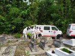 pemakaman-standar-covid19-oleh-relawan-gunungkidul.jpg
