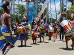 pembukaan-festival-bahari-raja-ampat-2017.jpg