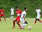 persipura-jayapura-mengadakan-internal-game-tim-merah-vs-putih-selama-persiapan-untuk-liga-1-2021.jpg