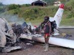 pesawat-maf-tang-dibakar-di-intan-jaya-1.jpg