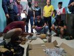 polisi-menangkap-pencuri-batu-akik-senilai-rp-11-miliar-di-padang-pariaman-sumatera-barat.jpg