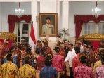 presiden-joko-widodo-bertemu-dengan-para-tokoh-dari-papua-dan-papua-barat.jpg