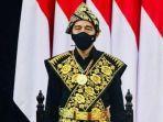 presiden-jokowi-mengenakan-pakaian-adat-khas-ntt-dalam-sidang-tahunan-mpr.jpg