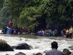 proses-evakuasi-korban-kecelakaan-bus-sriwijaya-1.jpg