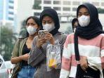 warga-beraktivitas-menggunakan-masker-di-kawasan-bundaran-hi.jpg