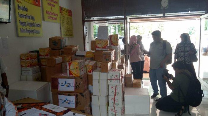 1,3 Ton Lebih RendangSumbangan Warga Sumbar Terkumpul untuk Korban Gempa di Sulteng