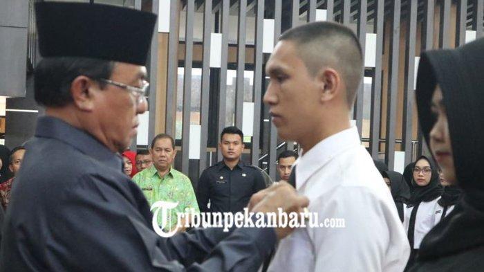 329 CPNS 2018 Indragiri Hilir Terima SK Pengangkatan, HM Wardan Tekankan Nomor 02
