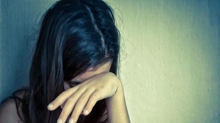 Ayah di Inhu Ini Panik Cari Putrinya, Ternyata Sang Anak Jadi Korban Pencabulan Teman-temannya