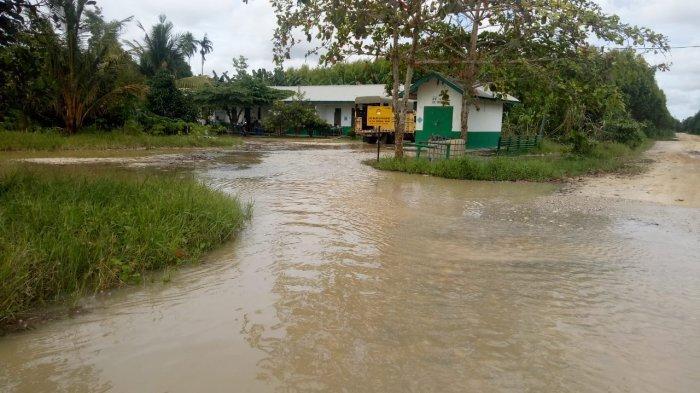 4 Sungai Ini Meluap Sekaligus, Penyebab Banjir di Dua Desa di Kecamatan Ukui Pelalawan
